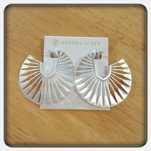 NWT Kendra Scott Deanne Silver Earrings